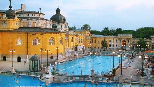 Széchenyi Bath - Mystery Hotel Budapest