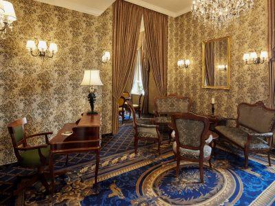 Da Vinci Salon - Mystery Hotel Budapest
