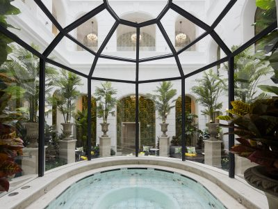 The Secret Garden Spa jacuzzi - Mystery Hotel Budapest