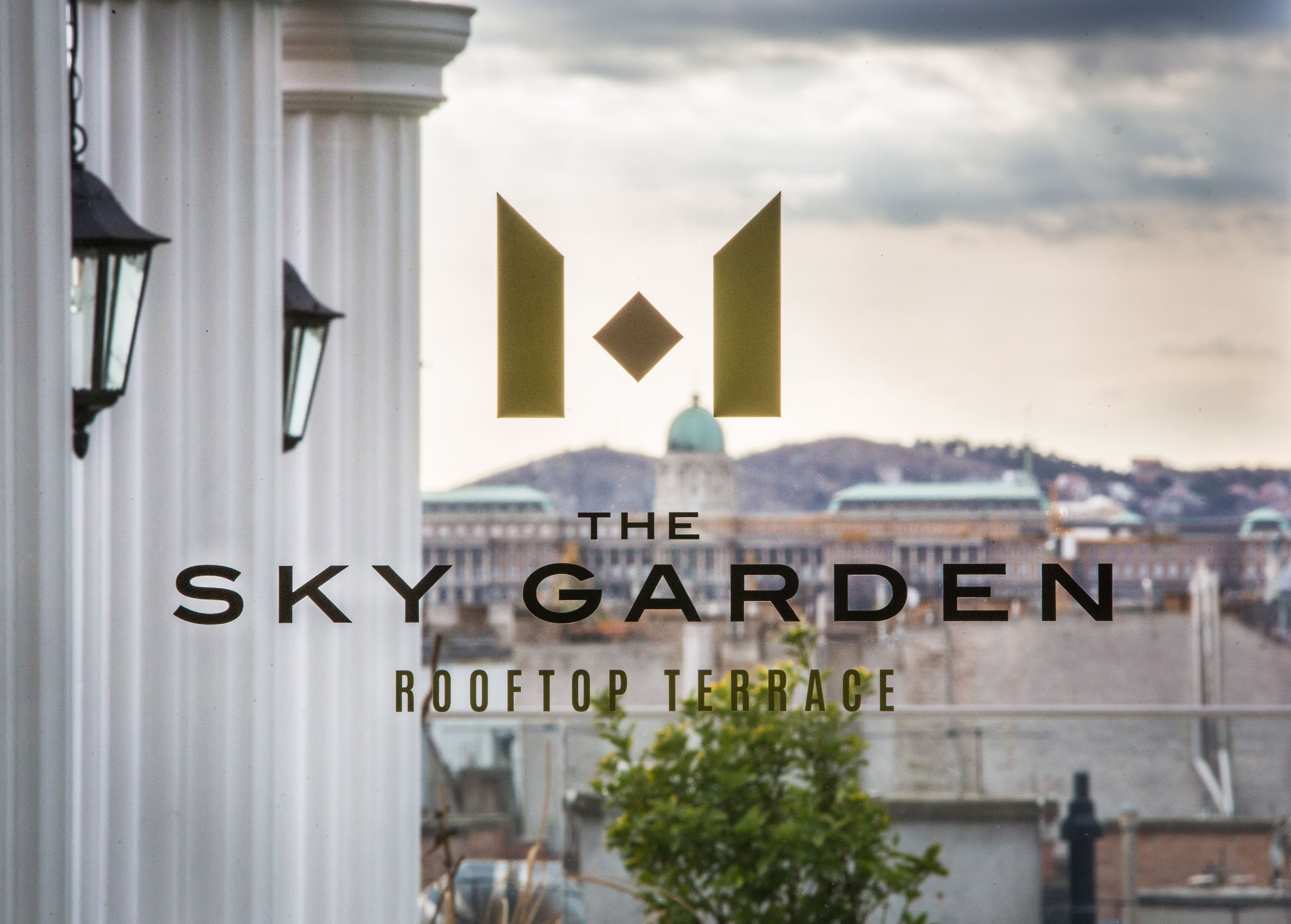 Mystery_Hotel_Budapest_The_Sky_Garden_Rooftop_Terrace