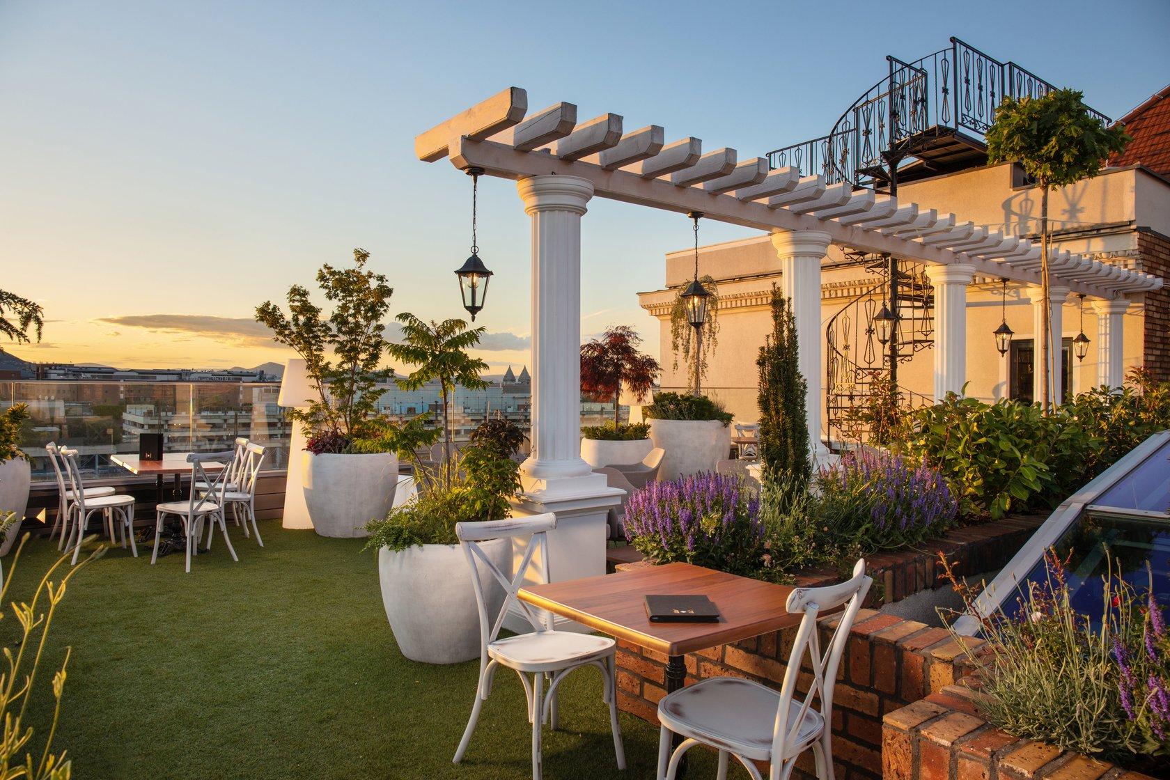 Mystery_Hotel_Budapest_The_Sky_Garden_Rooftop_Terrace