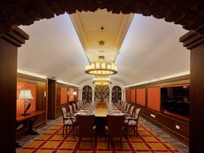 Mystery_Hotel_Budapest_Orpheus
