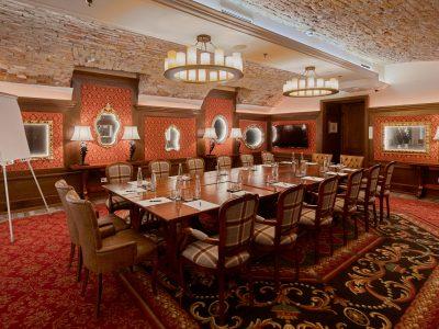 Mystery_Hotel_Budapest_Pythagoras_B